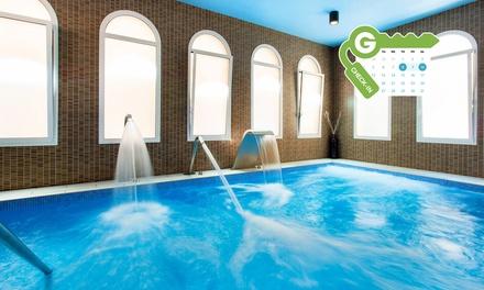 Girona: habitación superior para 2 con desayuno y opción a circuito termal y media pensión en Balneari Vichy Catalan