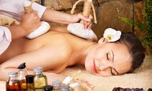 Centro Ayus: 3 massaggi a scelta da un'ora con aromaterapia, musicoterapia, doccia e tisana da Centro Ayus (sconto fino a 81%)