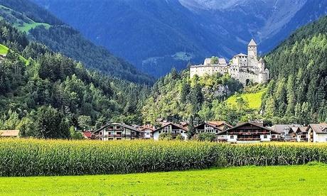 Campo Tures: fino a 7 notti in mezza pensione, Spa illimitata + bagno romantico per 2 persone presso l'Hotel Hellweger