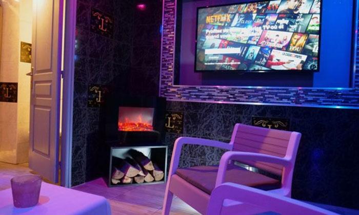 Bain à remous pour 2 ou pour 4 - Jacuzzi Lounge | Groupon