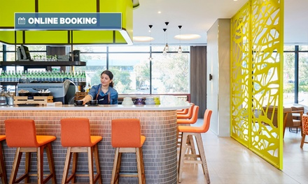 Macquarie Park: Up to 3Night Mystery Hotel Stay for Two People with Breakfast, Wine, Parking and Late CheckOut