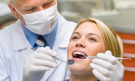 Visita odontoiatrica da 19,90 € con pulizia denti più sbiancamento LED