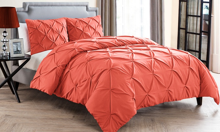 Grandeur Carmen Pinch-Pleat Duvet Set