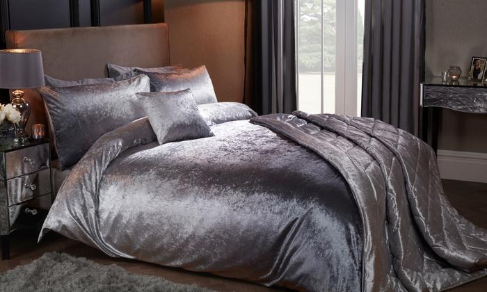 Pieridae Ombre Velvet Touch Bedroom Set