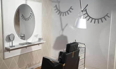 Extensión de pestañas pelo a pelo con opción a diseño de cejas desde 19,95 € en Mírame Lashes & Brows Girona