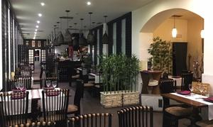 Restaurante Tokio: Menú japonés para 2 o 4 con entrante, bandeja de sushi, principal, postre y bebida desde 24,95 € en Restaurante Tokio