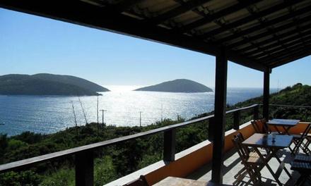 Arraial do Cabo/RJ: até 7 noites para 2 + café da manhã na Pousada Rainha do Mar. Digite NATAL e ganhe 15% OFF extra!