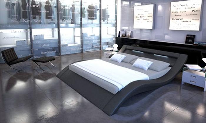 lit design avec sommier et clairage int gr groupon shopping. Black Bedroom Furniture Sets. Home Design Ideas