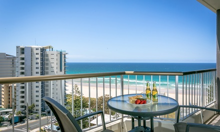 Surfers Paradise: 3-7 Nights with Wine, Chocs and Tennis for Two or Four People at Surfers Beachside Holiday Apartments