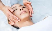 Tiefenwirksame Gesichtsbehandlung oder Behandlung mit Hyaluron und Make-up bei Talea Naturkosmetik (bis zu 55% sparen*)