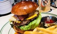 【59%OFF】バーガーによってパテの特徴が違う≪2種から選べるバーガー(ポテト付き)+1ドリンク/1名分・2名分・4名分≫予約不要 @...