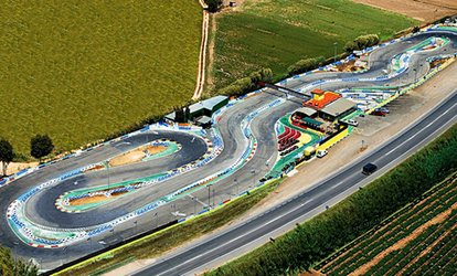 imagen para Tandas de karting junior, normal o superior de 5 o 10 minutos desde 10,50 € en Karting Blanes