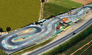 Karting Blanes: Tandas de karting junior, normal o superior de 5 o 10 minutos desde 10,50 € en Karting Blanes