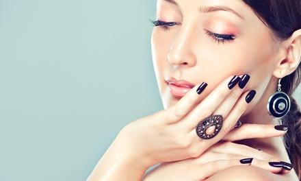 Anti-Aging- oder Deluxe-Gesichtsbehandlung bzw. French-Maniküre-Treatment bei Pimp my EGO ab 23,90 €