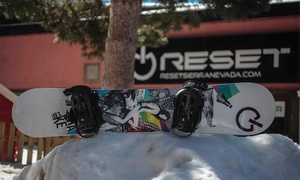 Reset Sierra Nevada: 1, 2 o 3 días de alquiler de equipo de esquí o snowboard para 1 o 2 personas desde 9,95 € en Reset Sierra Nevada