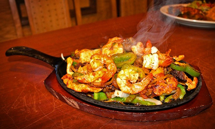 El 7 Mares - Port Cargill: $11 for $20 Worth of Mexican Dishes and Seafood at El 7 Mares