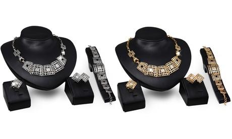 1 o 2 sets de joyas Btime adornados con cristales Swarovski®