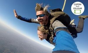 Quero Saltar SkyDiveThru: Salto duplo de paraquedas com a Quero Saltar SkyDiveThru – Boituva