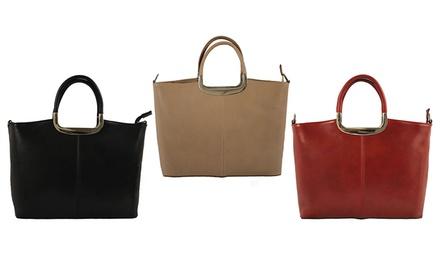 Grand sac besace en cuir lisse, fermoir pompon de la marque