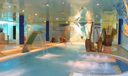 Torrelavega: habitación doble para 2 personas con desayuno o media pensión, spa y opción cena en Hotel Torresport Spa 4*