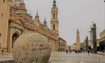 Zaragoza: 1 o 2 noches en habitación doble para dos con detalle de bienvenida y opción a parking en Hotel Cesaraugusta