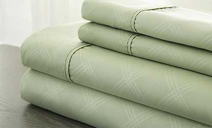 Shop Groupon Clearance: Hotel New York Embossed Plaid Sheet Set (4 Piece)