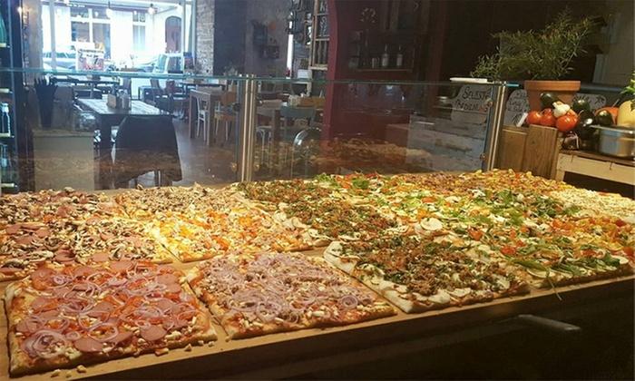 Mandarine 3 - Berlin: Pizza All-you-can-eat für 2 oder 4 Personen im Restaurant Mandarine 3 (bis zu 64% sparen*)