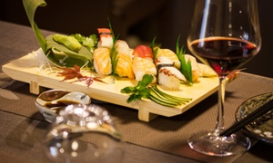 Yume Japanese Restaurant: Sushi box d'asporto da 52 o 76 pezzi con antipasti e bevande da Yume Japanese Restaurant (sconto fino a 63%)
