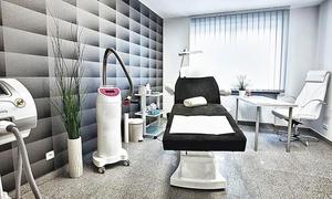 Klinika Estetica: Wypełnienie zmarszczek kwasem hialuronowym: 49,99 zł za groupon zniżkowy wart 400 zł i więcej opcji w Klinice Estetica