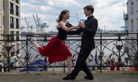 4 x 90 Min. Tango-Kurs auch ohne Tanzpartner o. 90 Min. Schnupperkurs für 1 o. 2 Pers. bei Xperience Tango (52% sparen*)