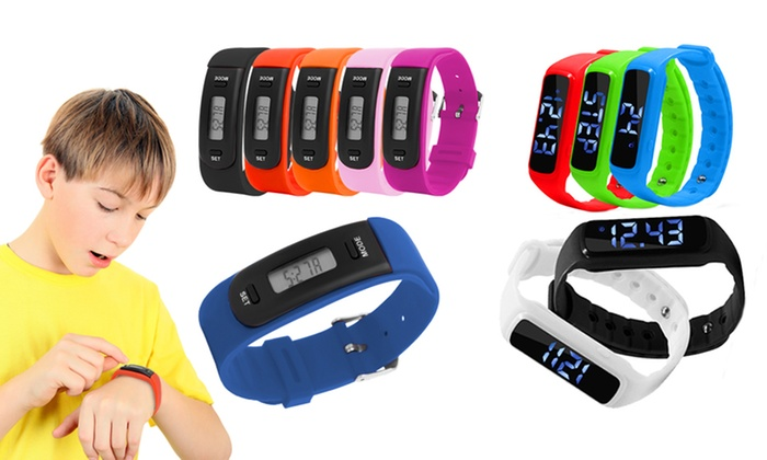 Aquarius Kids AQ111 or AQ114 Fitness Tracker from £5.99