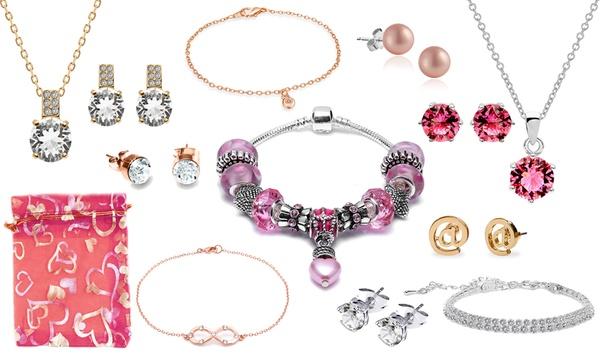 Ensemble de 25 bijoux ornés de cristaux Swarovski® de la marque OMGJewel