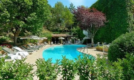 Provence : chambre Grand Confort avec pdj, modelage et rituel en option pour 2 personnes à la Villa Borghese 4*
