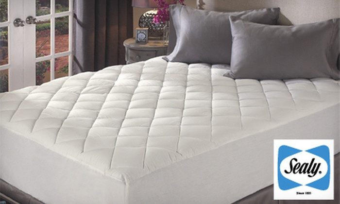 Sealy Egyptian-Cotton Mattress Pad: Sealy ReliaGrip 300-Thread-Count Egyptian-Cotton Mattress Pad in Full, Queen, King, or California King (Up to 52% Off)
