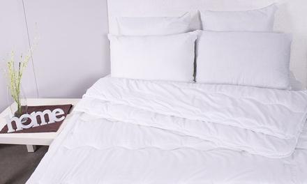 Couette 4-saisons et/ou 2 oreillers, microfibres de haute qualité, taille au choix dès 19,99€ (jusqu'à 78% de réduction)