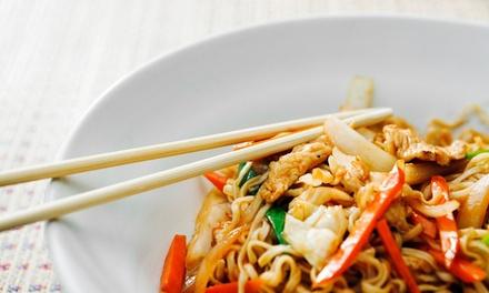 Wok Noodles para 2 personas con entrante, postres y bebidas, en el local o Take Away