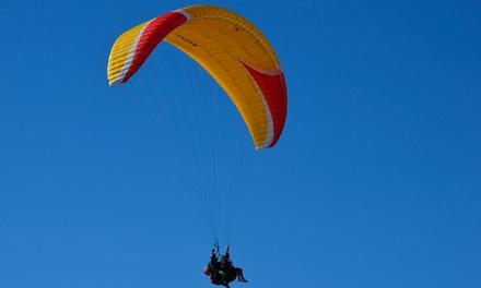 Volo con ripresa video in HD da I Picchi