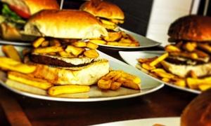 Little World: Menu con antipasto, panino, dolce e birra per 2 o 4 persone da Little World (sconto fino a 71%)