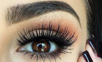 Up to 56% Off Eyelash Extensions at Lash Lookx
