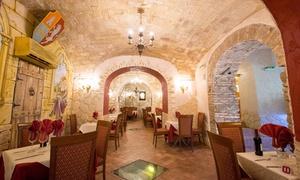 Ritorno Al Medioevo: Ritorno Al Medioevo: menu con pizza a scelta, dolce e birra per 2 o 4 persone in zona Ottaviano (sconto fino a 66%)