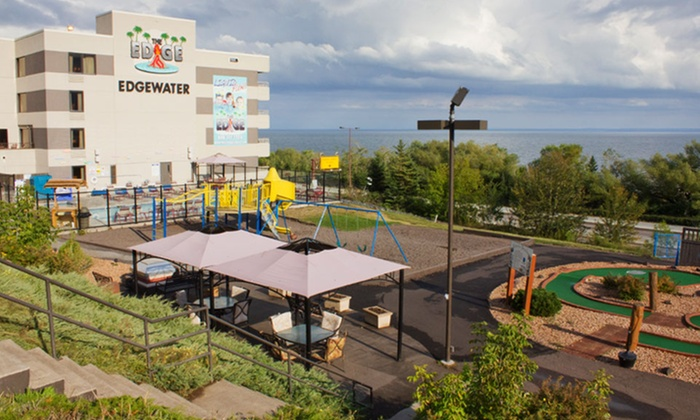 Family Friendly Water Park Hotel In Duluth