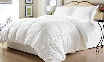 All Seasons Lightweight Down Alternative Comforter