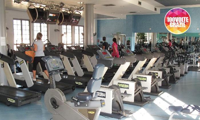 Well B Como - WELL B COMO: 10 o 20 ingressi in sala fitness, lezioni di spinning o Spa al centro Well B Como (sconto fino a 74%)