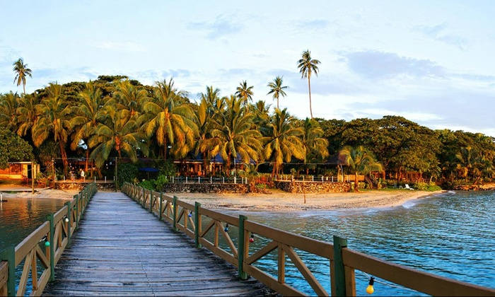 9-Day Fiji Trip or 12-Day Fiji and New Zealand Trip with Airfare