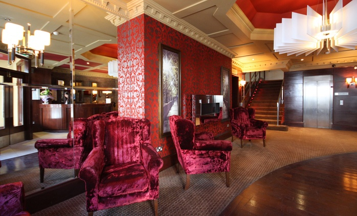 Co. Kerry: 1 or 2 Nights for Two; with Option for Late Check-Out at Benner's Hotel Tralee