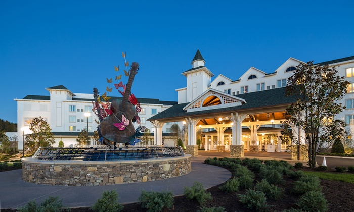 4-Star Resort in Pigeon Forge, TN