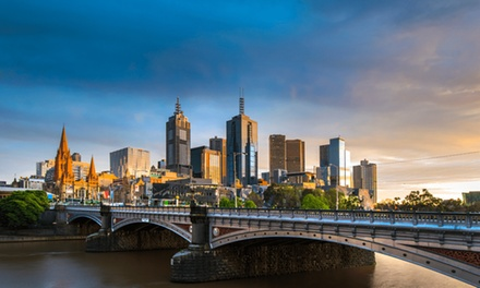 Melbourne: 13 Nights for Four with Breakfast, Late CheckOut and Parking at Quality Hotel Batman's Hill on Collins