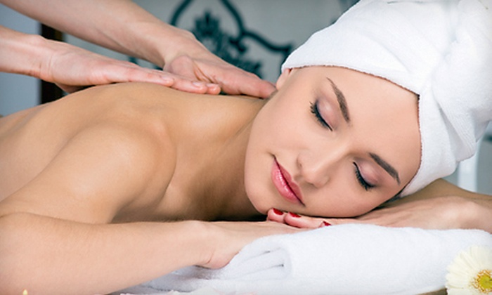 Elizabeth Adam Salon and Day Spa - Near North Side: $105 for Three 50-Minute Swedish Relaxation Massages at Elizabeth Adam Salon and Day Spa ($240 Value)