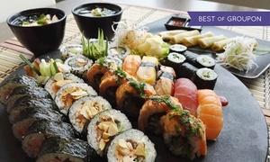 Hoshi Sushi: Japońska uczta dla dwojga: sushi, zupa miso, sajgonki i więcej za 79,99 zł w Hoshi Sushi (zamiast 140 zł)