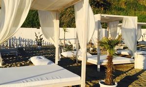 T Village Lido: Ingresso in spiaggia con ombrellone e lettini o con Gazebo più drink al T-Village! Lido di Anzio (sconto fino a 50%)